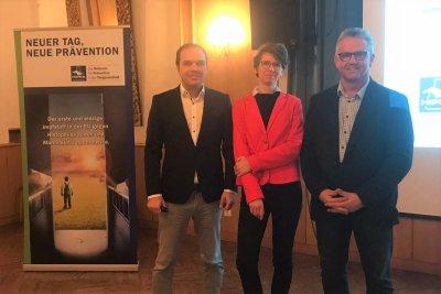Dr. Katharina Pachl (M) mit Dr. Martin Haimel und Dr. Johann Schmalzer