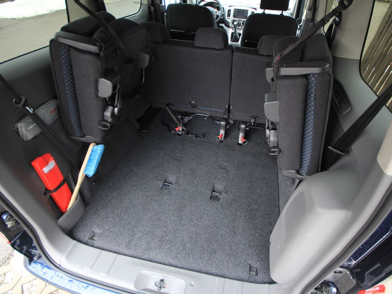 nissan nv200 evalia testbericht bild 14 von 46 vet. Black Bedroom Furniture Sets. Home Design Ideas