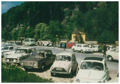 Ein historischer Blick auf den Parkplatz vor dem Zoo; Bildquelle: Zoo Salzburg