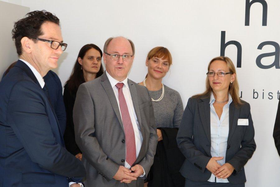 Bundespräsident Van der Bellen eröffnet die 'Tierärztliche Versorgungsstelle'
