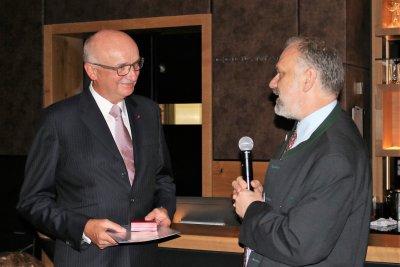 Klaus Dreier Ehrenmedaille an Dr. Günter Schwarz